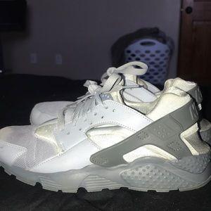 Nike Gray Huaraches